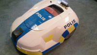 automower polisbil skydda robot